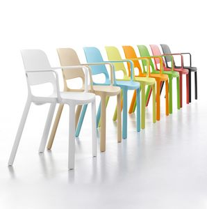 Elemens, Chaise en polypropylène pour les espaces communs