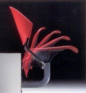 DELFI A086 F1, Chaise fixée à la paroi, dans le copolymère et le métal