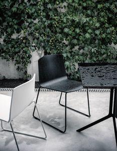 Rama Slide Base Outdoor, Chaise à traîneau, en polypropylène, pour espaces publics et extérieurs