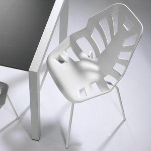 Ninja NA, Chaise polymère, base en métal peint, pour l'extérieur