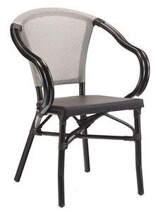 PL 422, Chaise d'extérieur empilable avec accoudoirs incurvés