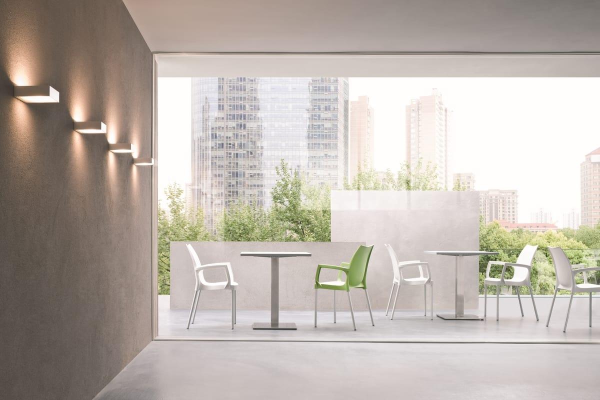 Tulip, Chaise en plastique moderne pour les jardins et les piscines