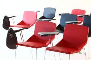 Formula40 sled poly-plus, Chaise, idéal pour les salles de conférence en peluche, peut être équipé avec tablette écritoire
