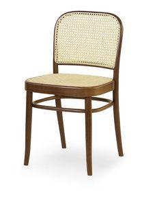 06, Chaise en bois avec assise et dossier en canne