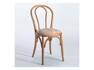 129 B, Chaise en bois, dans un style traditionnel, pour un bar à vin
