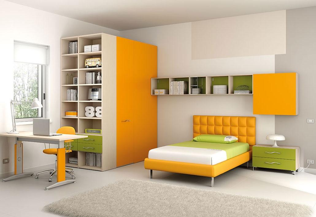 Chambre moderne pour enfants avec bureau réglable idfdesign