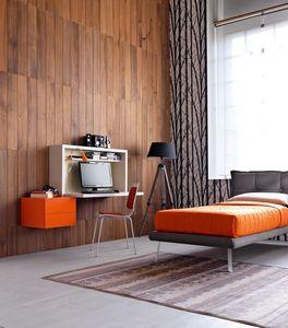 Comp. New 137, Chambre individuelle Compact, un bureau avec capote, lit rembourré
