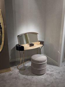Hotel de Ville Toilette, Toilette à maquillage avec compartiment à rabat