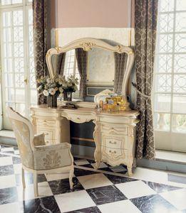 Opera coiffuse, Table de maquillage, de style classique