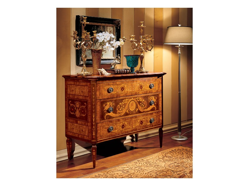Maggiolini chest of drawers 702, Buffet classique pour le salon