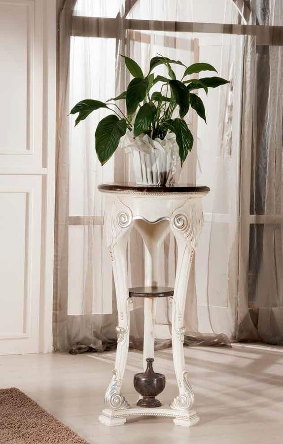 Article 775, Support de vase en bois, style classique