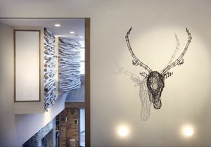 Cervo, Accessoires d'ameublement modernes, la tête dans la forme de cerf