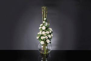 Eternity Penelope Column Roses, Arrangement floral sur vase en verre