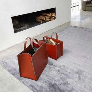 ART. 907/106, Paniers en cuir, pour des magazines ou des journaux d'un foyer