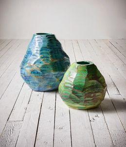 Cardo, Vases en émail brillant, poncés à la main