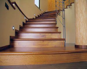 Escaliers ouverts