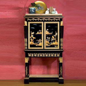 Art. 2098 Chinoiserie Luigi XV, Cabinet Chinoiseire, avec deux portes, décoré à la main