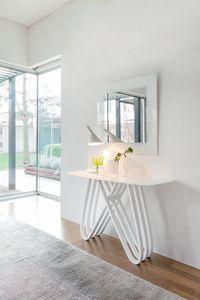 ARPA, Consolle de style moderne en bois avec plateau en verre, pour l'entrée