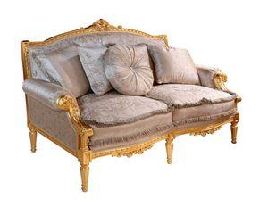Art. 390/2, Canapé de style classique, sculpté