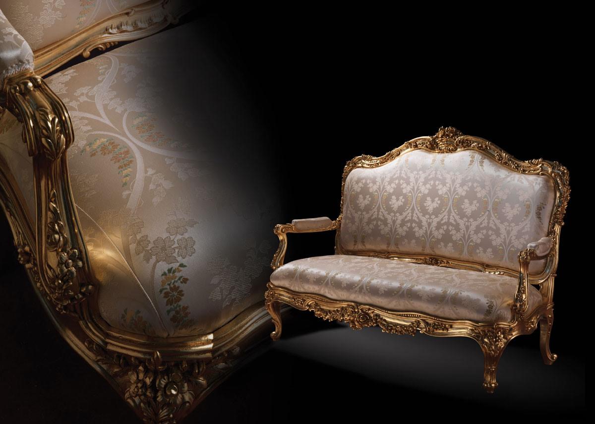 1008 Sofa, Canapé dans un style classique, avec cadre en bois doré