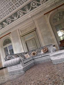 Gianna, Canapé d'angle rembourré dans le style de luxe classique