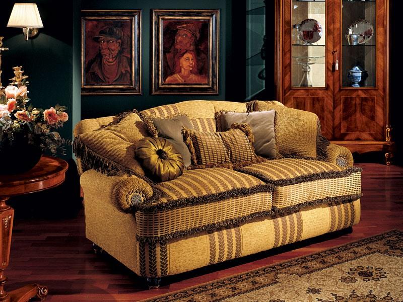 Marcus sofa, Canapé de luxe avec accoudoirs bas, style classique