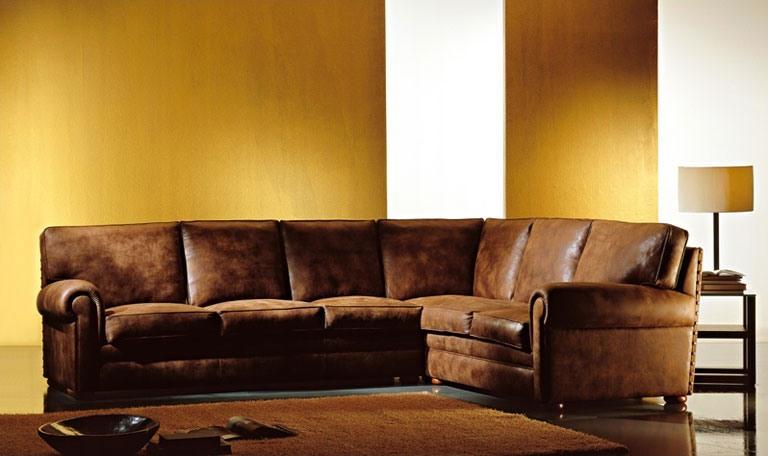 Oregon, Canapé rembourré, grands oreillers, style classique