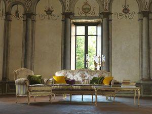 Silvia, Canapé entièrement sculpté à la main, Style Louis XV