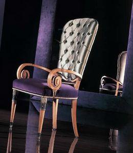 292P, Chaise avec accoudoirs en bois