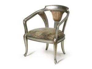 Art.122 armchair, Fauteuil de style classique, rembourré avec des sangles élastiques