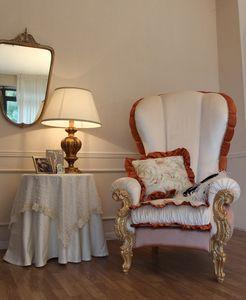 Ginevra, Classique fauteuil rembourré avec feuille d'or décorations