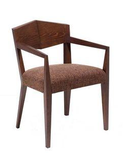 C34, Fauteuil en bois, assise et revêtement en tissu, pour des hôtels et restaurants