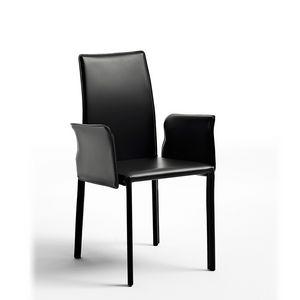 Agata with armrests, Chaise moderne rembourré avec du caoutchouc, revêtement en cuir