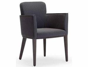 Ada-P2, Petit fauteuil en bois rembourré