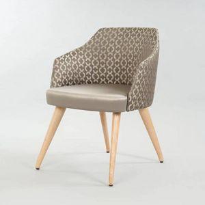BS510A - Chaise, Chaise rembourrée pour contrat