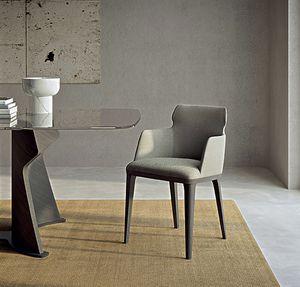 PO78 Shape fauteuil, Fauteuil avec pieds en bois