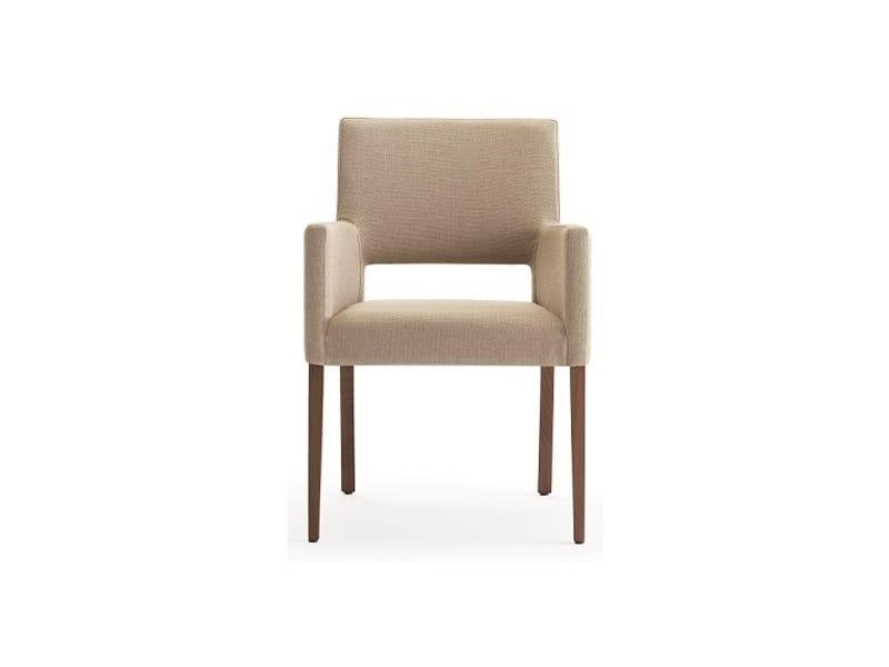 Selene-P1, Petit fauteuil pour les hôtels élégants