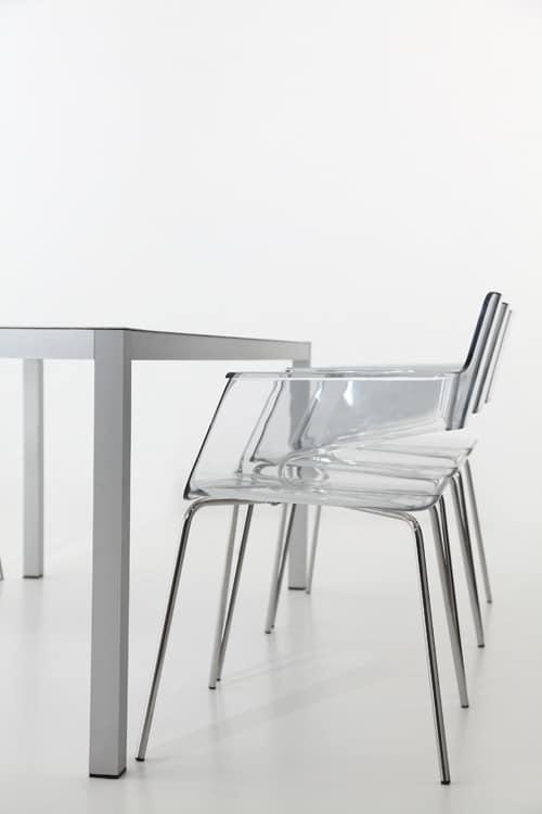 B32 4L, Chaise avec coque en nylon, design contemporain, base en métal