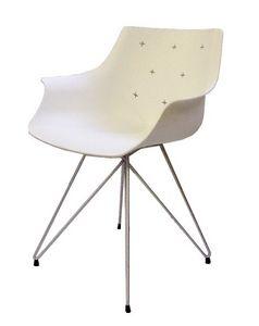 More TC, Chaise avec structure en métal, coque en technopolymère