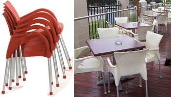 Beverly, Chaise avec accoudoirs pour une utilisation en extérieur, empilable, durable