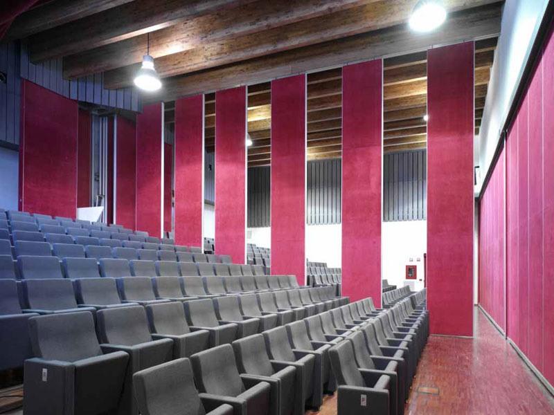Gonzaga, Fauteuils de théâtre réfractaires à haute confort et design