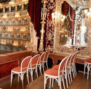 La Fenice Theatre in Venice, Chaises personnalisés pour le théâtre, La Fenice de Venise