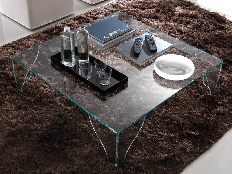 T16 sipario, Table basse carrée faite entièrement de verre