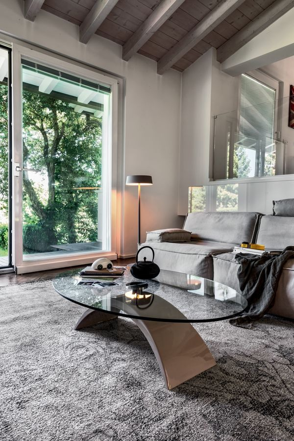 TUDOR, Table basse en marbre et en verre, pour salle d'attente et le bureau