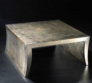 Art. 20704, Table basse carrée en bois