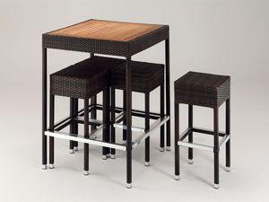 FT 2024, Petites tables résistantes, pour les bars de plage