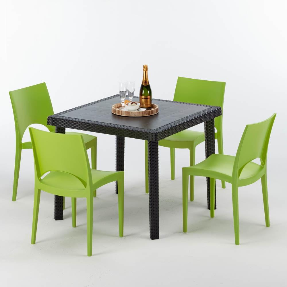 Table carrée en rotin, pour bar extérieur   IDFdesign