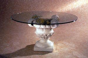Atunis, Table basse de style classique, base en pierre