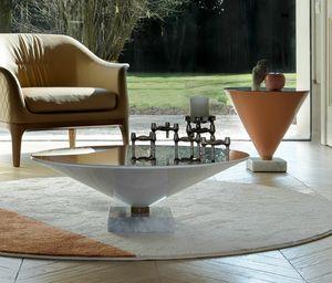 FLUTE, Petites tables en forme de verres à martini