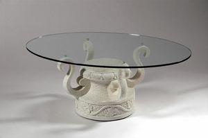Ivan, Table basse avec base en pierre décorée
